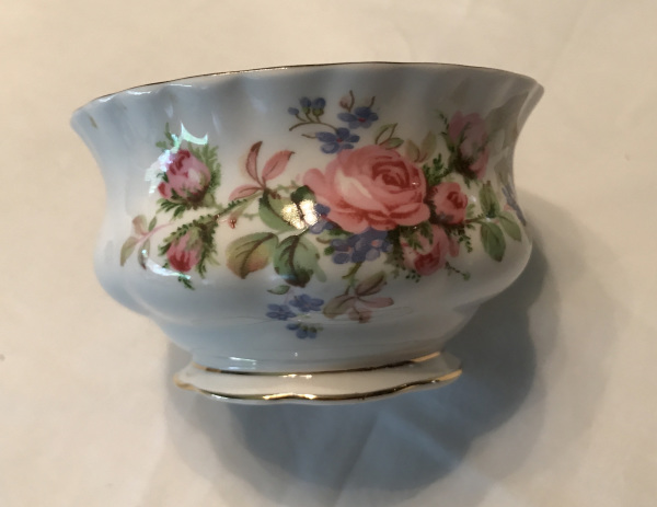 Royal Albert Bone China, Moss Rose Pattern, Sugar Bowl